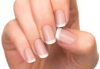 Френч на коротких ногтях - фото 24