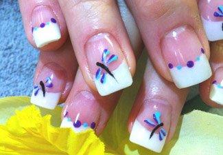 Дизайн ногтей френч со слайдерами - фото 16