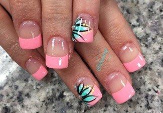 Дизайн ногтей френч со слайдерами - фото 6