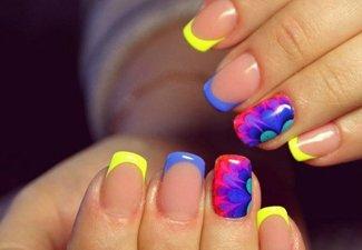 Неоновый френч в дизайне ногтей - фото 16