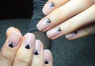 Полосатая геометрия в дизайне ногтей - фото 10