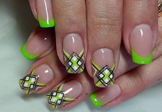 Полосатая геометрия в дизайне ногтей - фото 3