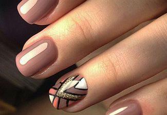 Полосатая геометрия в дизайне ногтей - фото 7