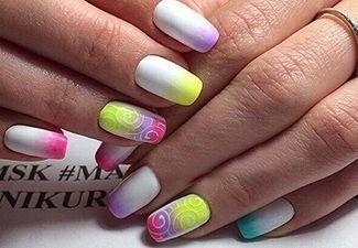 Разноцветный маникюр гель-лаком - фото 15