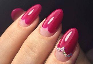 Стразы в дизайне ногтей - фото 5