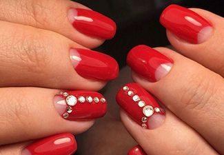 Стразы в дизайне ногтей - фото 7