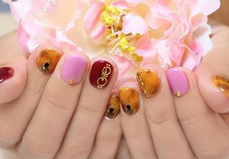 Гель-лак на коротких ногтях - фото 11