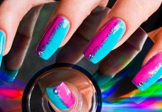 Разноцветный маникюр гель-лаком - фото 7
