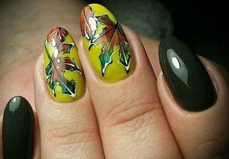 Варианты ногтей с осенними рисунками - фото 11