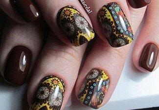Варианты ногтей с осенними рисунками - фото 26