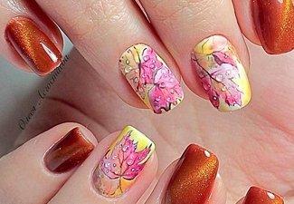 Варианты ногтей с осенними рисунками - фото 9