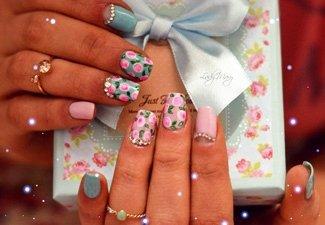 Новинки дизайна ногтей со стразами - фото 11