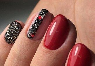 Новинки дизайна ногтей со стразами - фото 14