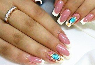 Новинки дизайна ногтей со стразами - фото 15