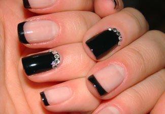 Новинки дизайна ногтей со стразами - фото 17