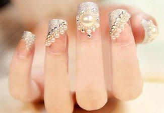 Новинки дизайна ногтей со стразами - фото 20