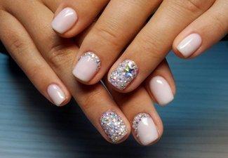 Новинки дизайна ногтей со стразами - фото 38