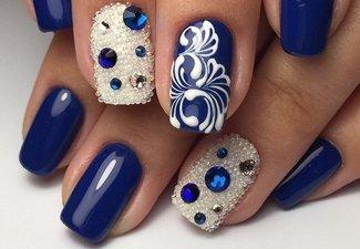 Новинки дизайна ногтей со стразами - фото 39
