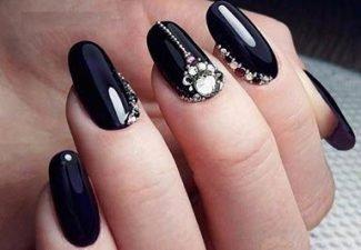 Новинки дизайна ногтей со стразами - фото 4