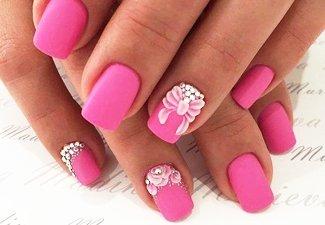Новинки дизайна ногтей со стразами - фото 48