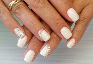 Новинки дизайна ногтей со стразами - фото 49