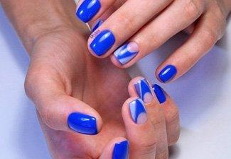 Синий маникюр - фото 58